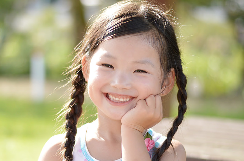 親権を決めるポイントは「子どもの利益」です。